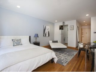 Furnished Studio Apartment at 9th Ave & W 30th St New York, Nueva York