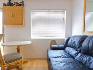 Furnished 1-Bedroom Apartment at Bagley Ave & Regent St Los Angeles, Lucerne