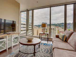 Hip, dog and family friendly elegance in the heart of downtown Portland!