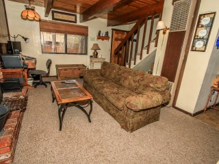 ~Birdie Cabin~Furnished Mountain Home~Great Property & Deck~