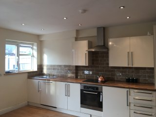 Large and spacious 4 bedroom house London