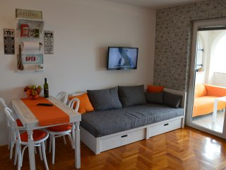 Colour Apartment 2