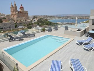 Modern 3 Bedroom Villa Apartment with 2 Pools, Mellieha