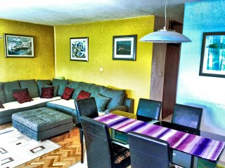 ULTRA BIG comfort large apartment 4+2 persons, Split