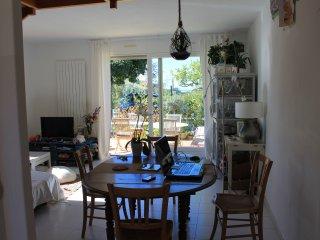 Maison de village bien exposée, Grasse