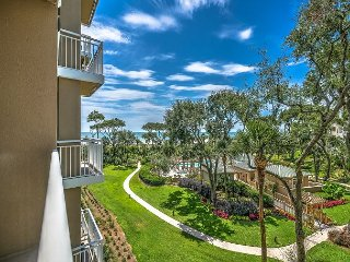 6304 Hampton Place- Oceanfront Views and Pool.  Book NOW for Fall., Bluffton