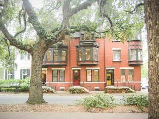 Stay Local in Savannah: Well Appointed Row Home Looking Out On Forsyth Park
