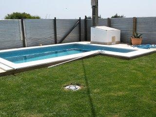 Casa adosada en el campo con piscina privada 2
