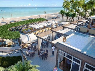 3 BEDROOMS APARTMENT WITH PRIVATE BEACH CLUB, Hallandale Beach