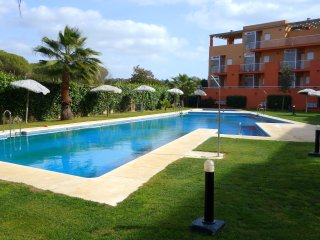 Apartamento con gran terraza y jardín privado en Green 7, Islantilla (Huelva)
