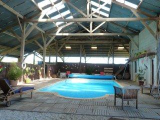 gite avec piscine  près du mont st michel, La Boussac