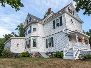 Huge Boothbay Home, Newly Refinished with Modern-Classic Touches, Boothbay Harbor