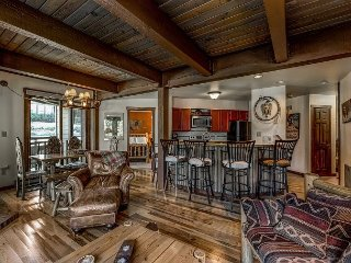 Updated 3 bedroom condo steps from the Gondola at The Lodge at Steamboat