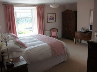 Hyner Farm B&B Pink Room, Exeter