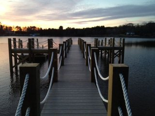 All New Lakefront Cottage, New Dock, Mooresville