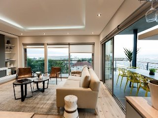 Oceanscape by Totalstay - Spacious brand new apt, Kaapstad (centrum)