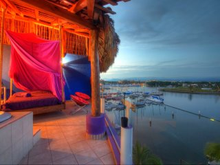 PenthouseDreams New Nayarit Marina 3 bed 3 bath., Nuevo Vallarta