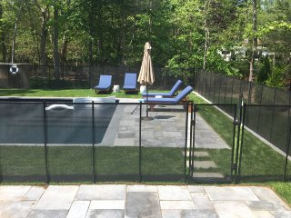 Airy, Woodsy, Walk to Beach, New Saltwater Pool!