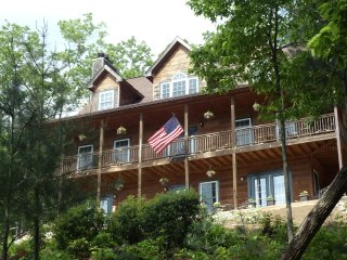 Long Mountain Lodge, Campbell Mtn Suite, Dahlonega