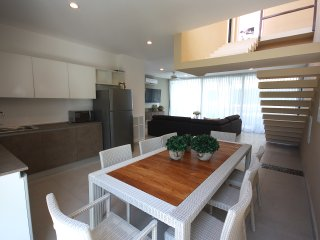 IDEAL FOR 10, Penthouse w/ nice views to the jungle, Tulum