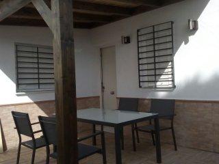 Apartamento El Palmar, a 500 m de la playa, con WiFi y Aire Acondicionado.