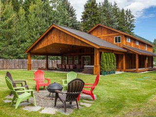 6 bedroom, New Home, 2 miles from Leavenworth