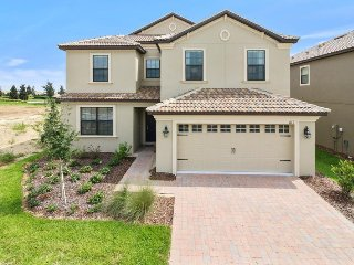 Beautiful! 5bd Disney home w/POOL&SPA - 1431TH, Davenport