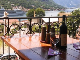 Stella di Cattaro...Luxury Apartment, Kotor
