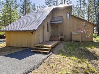 Cluster Cabin 26