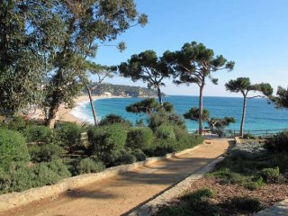 Apartment with the private acces to the pool, Lloret de Mar