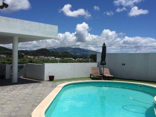 Villa Familia - Guest House para a sua família!, Ponta Delgada