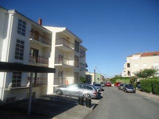 f apartments, Podstrana