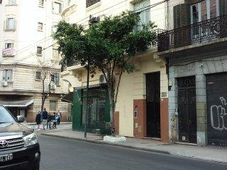 Casa 1890. In front of San Telmo