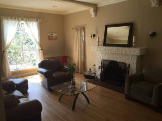 Spacious 2BD/2BA Home in Faircrest Heights LA