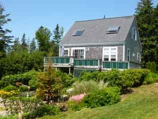 Charming Cottage Great Ocean Views Near Acadia, Tremont