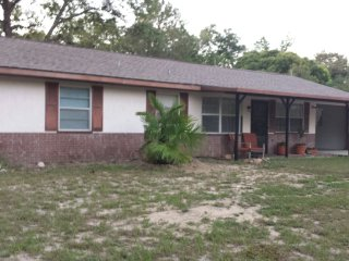 Cozy 2bdrm 2bth, close to the Villages