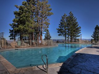 South Lake Tahoe 2BR/2BA Condo at Heavenly Resort