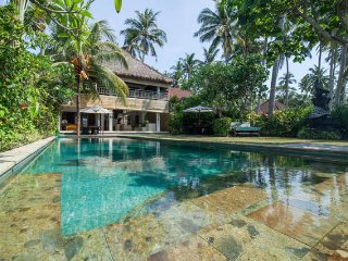 Your Luxury Beach House is here ! - Villa Nilaya