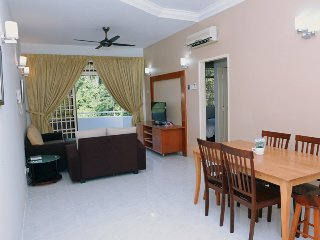 Eden Seaview 3-Bedroom Apartment Low Floor