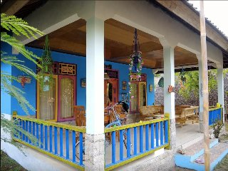 ROOM 4 RENT N 2 - Shared House AC FAN WIFI KITCHEN, Gili Air