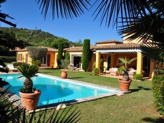 splendide villa méditerranéenne près de st tropez