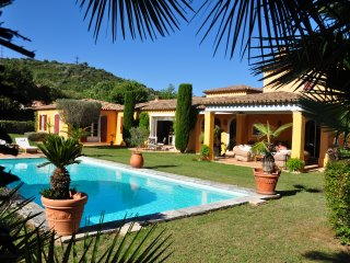 splendide villa mediterraneenne pres de st tropez