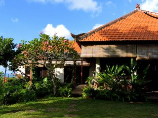 Villa Sarah Nafi, North Bali seaview hill villa!