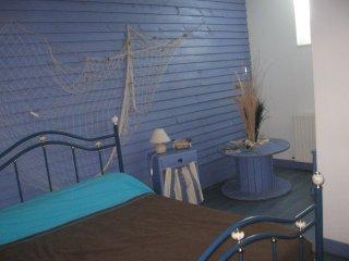 Chambre bleu, Asnieres-en-Bessin