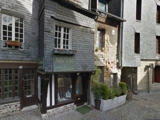 Belle Maison de Ville plein centre historique