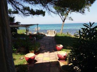Künstlerische Beach House, Zakynthos Town