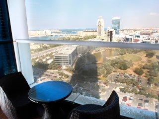 Amazing view from luxury Marina apt, Dubai