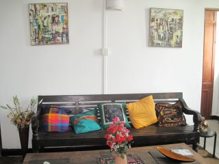 Lovely  2 Bedroom Flat in Down Town Colombo