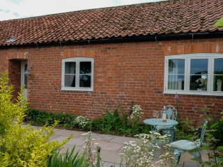 Secluded retreat surrounded by farmland, Malton