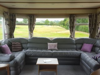 Waterbridge Golf , Luxury 8 Birth Holiday Caravans